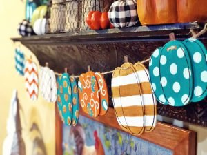 DIY Painted Pumpkin Banner