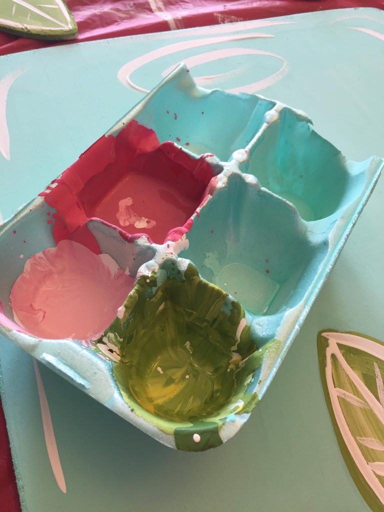 Egg Carton Paint Palettes for Door Hanger - How to Batch Paint by Southern ADOORnments