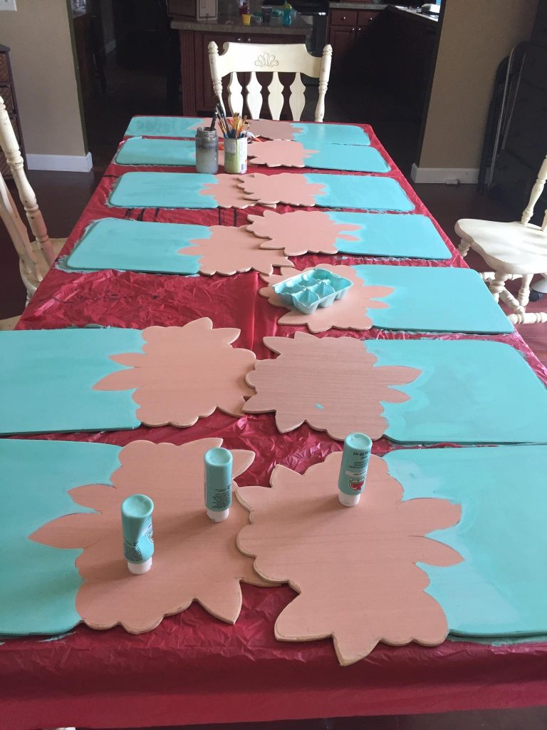 Painting Mason Jar Door Hangers - How to Batch Paint by Southern ADOORnments