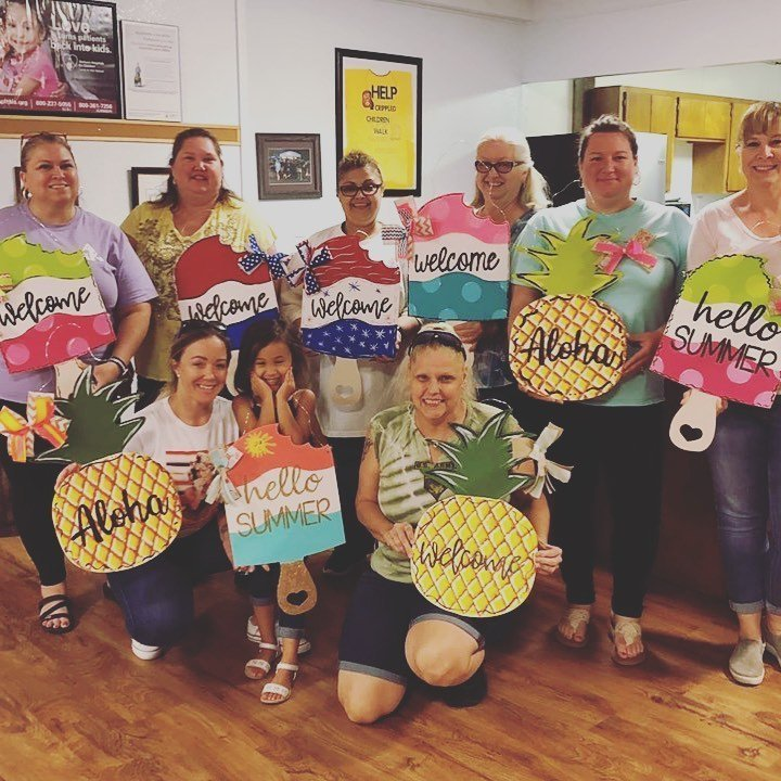 Paint Party Summer Pineapple Popsicle with Southern A-DOOR-nments
