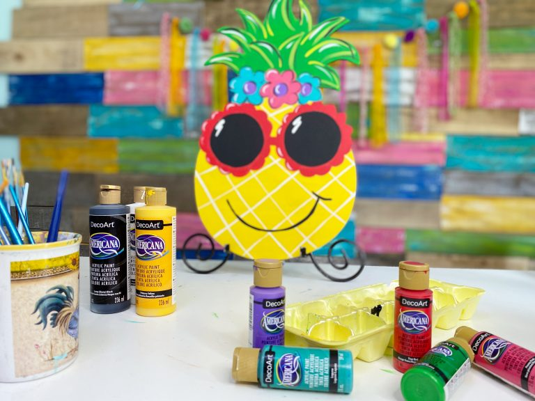 How to Paint a Sunglasses Sassy Pineapple Summer Door Hanger by Southern A-DOOR-nments