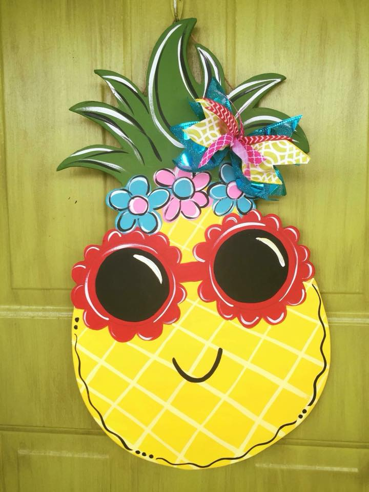 Painted Pineapple Sassy Door Hanger for Summer by Southern A-DOOR-nments